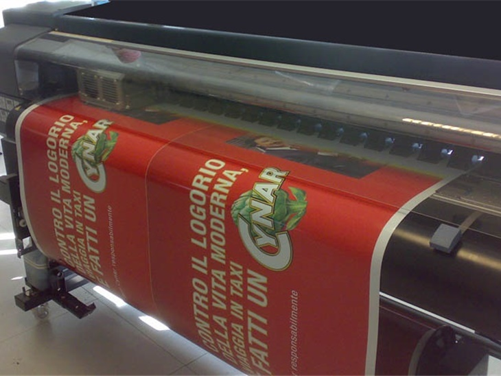 STAMPA DIGITALE ROLL TO ROLL PER BANNER